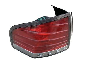 2007-2010 Lincoln MKX Driver Left taillight corner