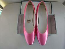 Dyeables Woman��s Satin Pumps Formal Size 7 B Pink Vintage Wedding Shoes NIB