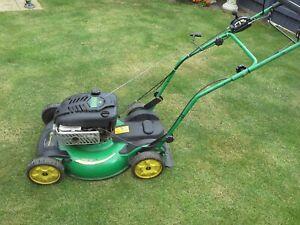 john deere js63v self propelled mulching mower