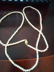 Vintage Signed Monet Pearls and Gold Tone Beaded Beautiful  Long necklace