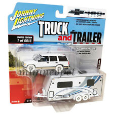 JOHNNY LIGHTNING JLSP019 TRUCK AND TRAILER CHEVY TAHOE w CAMPER 1/64 WHITE Chase