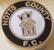 NOTTS COUNTY FC Vintage club crest type badge Brooch pin In gilt 17mm Dia