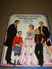 Abraham Lincoln & HIS famille papier poupée Livre,1989,16 pages ,non coupé,Tom
