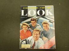 1958 NOVEMBER 11 LOOK MAGAZINE - OZZIE, HARRIET, RICKY, DAVID NELSON - ST 2891