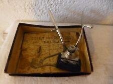 ancienne tondeuse main ciseaux coiffeur Marque Dalila vintage
