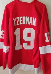 New Steve Yzerman Detroit Red Wings Throwback Jersey - Sweater NHL Hockey 🏒