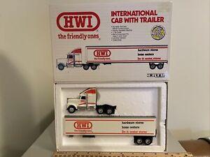 Ertl Tractor Semi Truck HWI International Cab w/ Trailer The Friend Ones 1/64th