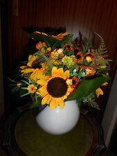 Blumenvase aus Glas mit Kunstblumen-Strauß, ca. 30 cm hoch