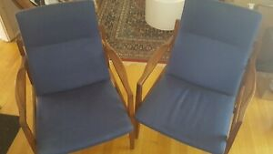 Nice pair of Jens Risom Floating Lounge chairs walnut mid century modern Danish
