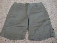 Women's TALBOTS green shorts, 4