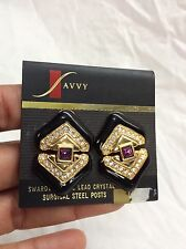 Gorgeous Signed Swan Savy By Swarovski Purple  gold tone Pierce earrings vtg