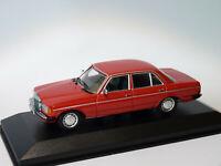 Mercedes Benz 230E W123 de 1982 au 1/43 de Minichamps / Maxichamps
