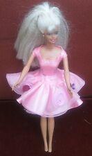 Vintagebarbie par Mattel 1975. Magnifique Soie Rose Mini Robe Avec Jupe.