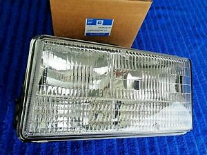 NOS NEW 93-96 Fleetwood Brougham LH LEFT DRIVER Headlight Lamp Light Lens Assy