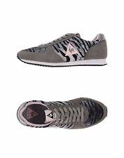 NIB Women's Le Coq Sportif Suede & Gray Tiger Fabric Sneakers US 8.5 / 9 EU 40