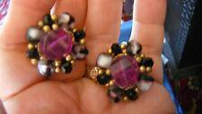 """1"""" vtg clip auf ohrringe, wein violett/weiß cats eye beads surround plum crystal"""