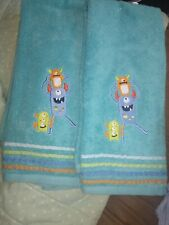 New Saturday Knight Hand Kids bathroom Towels 2 Piece Set Monsters