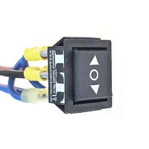IndusTec  20 AMP 12v DC Momentary Reverse Polarity Rocker Switch Automatic Reset