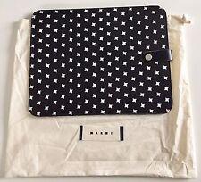 "Marni iPad/Tablet Custodia nera con fantasia, Nuovissimo in borsa 8"" x 10.5"