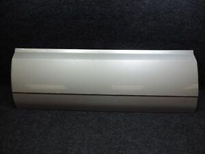 2002-2006 GM CADILLAC ESCALADE OEM SILVER BIRCH LH LEFT FRONT DOOR BODY MOLDING