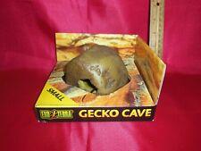 Exo Terra Gecko Cave Small Reptile Den Small