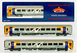 BACHMANN 00 GAUGE - 31-506A - CLASS 158 DMU 2 CAR WESSEX TRAINS ALPHALINE BOXED