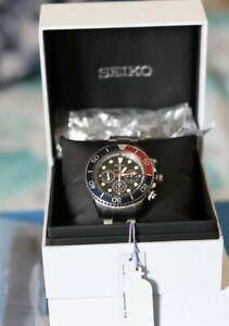 Seiko SSC785P1 Men's Prospex Divers Solar Chronograph Watch With Pepsi Bezel.