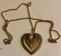 "Vintage 18"" Gold Tone Mesh Heart Shaped Pendant Necklace Valentine's Day"