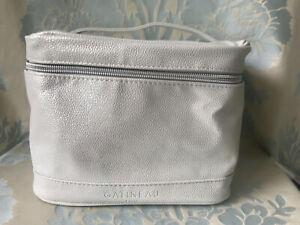 Gatineau Beauty Case / Bag silver
