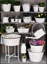 Floreros decorativos color principal blanco de metal para el hogar
