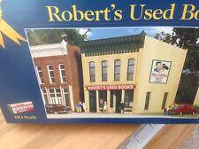 Walthers Cornerstone: Robert's Used Books. Ho Kit Gold Ribbon Series by Kibri