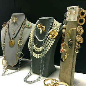 Vintage New DESIGNER SIGNED COSTUME JEWELRY LOT Necklace BROOCH Earrings V29ZZE