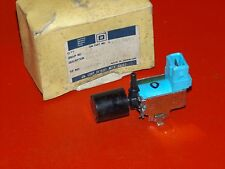 NOS GM 1986-1988 Chevrolet Geo Nova Prizm emission control system valve 94843854