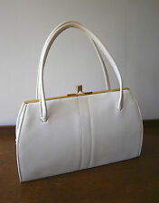 VINTAGE 1950s WHITE FAUX LEATHER HANDBAG KELLY BAG BRASS ELBIEF FRAME WEDDING