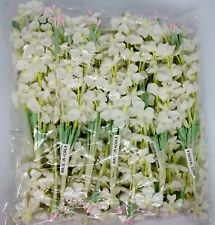 Vintage Millinery / White Lilacs / Artificial Flowers / Twelve Bunches / Cotton