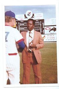 Hank AAron Baseball fan snapshot 4X6 1970's Richmond, VA.