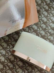 AVON TRESELLE SHIMMER DUSTING POWDER WITH PUFF DISCONTINUED