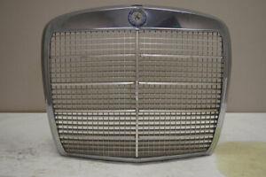 1968-1973 Mercedes-Benz W108 280SE Front Grille Chrome Used OEM No Emblem