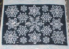 """Winter """"Snowflakes"""" Latch Hook Rug Kit NIP 40x27"""""""