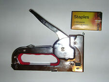 Hand Staple Gun. Heavy Duty. Shoots up to 8mm staples.