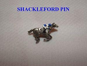 NEW SHACKLEFORD BREEDERS CUP HAND PAINTED HORSE RACING JOCKEY SILKS PIN