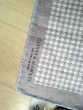 Gieves and Hawkes dogtooth linen pocket square nwt