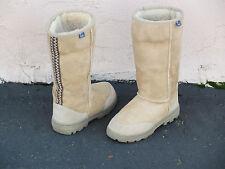 Emu Outback Hi Shearling Boots Womens Size 6 (EU 37) sheepskin