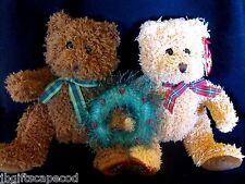 Merry Kiss-mas Beanie Bears - First Christmas -Attached holding wreath -So Cute!