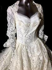 Beautiful Vintage Miriam Originals NY ivory Color Wedding Dress Size 00-0