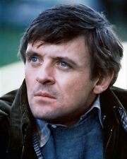 ANTHONY HOPKINS AS CORKY/VOICE OF FATS THE D 8x10 Photo