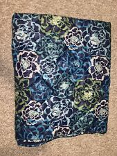 vera bradley outdoor blanket blue flower. soft and outdoor side. 50in x 78in