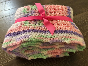 """Handmade Blanket/Throw Knitted Pastel Colors Chunky Knit 44""""x 37"""""""