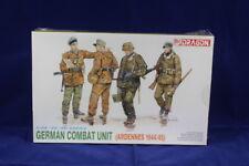 """Dragon DR6002 Plastic Kit """" German Combat Unit """" 1:35 Scale."""