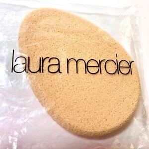 LAURA MERCIER  Egg Shape Sponge (Single) Discontinued